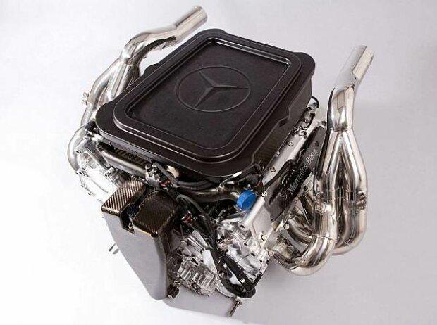 Mercedes-V8-Motor