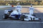 Robert Kubica und Nick Heidfeld (BMW Sauber F1 Team) mit dem neuen BMW Sauber F1.09