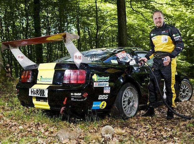 Smudo und sein Ford Mustang mit Biodiesel