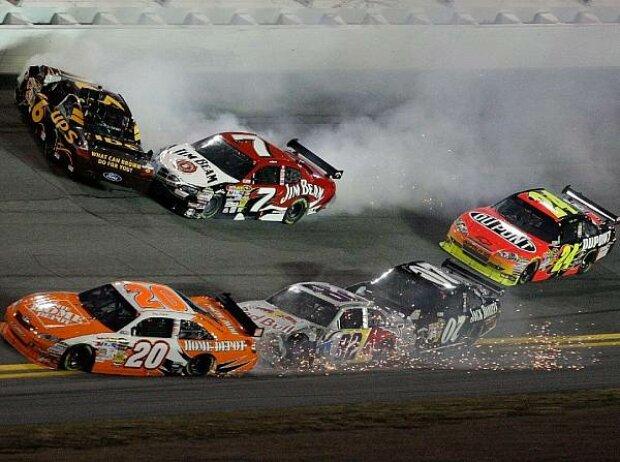 Scott Speed, Robby Gordon, David Ragan, Joey LoganoDaytona, Daytona International Speedway