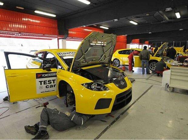 Testfahrten bei SEAT, Barcelona, Circuit de Catalunya