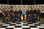 Mark Martin und Crew feiern ihre Atlanta-Pole