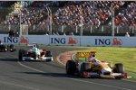 Fernando Alonso (Renault) und Giancarlo Fisichella (Force India)