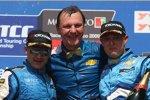Nicola Larini, Robert Huff (Chevrolet)
