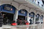 McLaren-Mercedes-Box