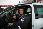 Fernando Alonso (Renault) im Renntaxi