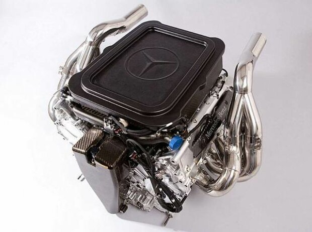Mercedes-V8-Motor von 2008