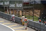 Kollisionsopfer auf dem Rückweg: Jarno Trulli (Toyota), Fernando Alonso (Renault) und Adrian Sutil (Force India)