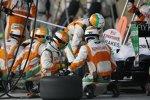 Boxenstopp von Adrian Sutil beim Saisonfinale in Abu Dhabi