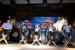 Jamie McMurray (EGR) mit Crewchief Kevin Manion, Felix Sabates und Chip Ganassi