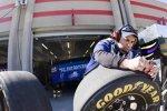 Arbeit an den Goodyear-Reifen