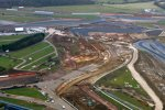 Arbeiten am neuen Arena-Komplex in Richtung National-Straight