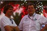 Sebastian Vettel (Red Bull) und Norbert Haug (Mercedes-Motorsportchef)