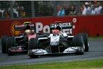 Michael Schumacher (Mercedes) vor Jaime Alguersuari (Toro Rosso)