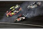 Massencrash: Mark Martin, Jeff Gordon, Dale Earnhardt Jr. (alle Hendrick) und Carl Edwards (Roush)