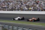 Graham Rahal (Fisher) blockt Dario Franchitti (Ganassi)
