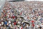 Fans in Loudon
