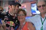 Mark Webber (Red Bull) mit seinen Eltern