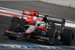 Timo Glock (Virgin) Bruno Senna (HRT)