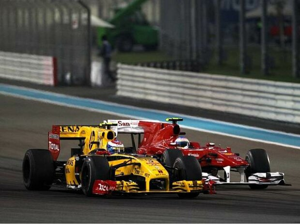 Fernando Alonso, Vitaly Petrov