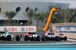 Kamui Kobayashi (Sauber) Rubens Barrichello (Williams)