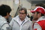 Bruno Spengler (HWA-Mercedes), Norbert Haug (Mercedes-Motorsportchef) und Timo Scheider (Abt-Audi)