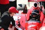 Scott Dixon gibt Jamie McMurray letzte Tipps