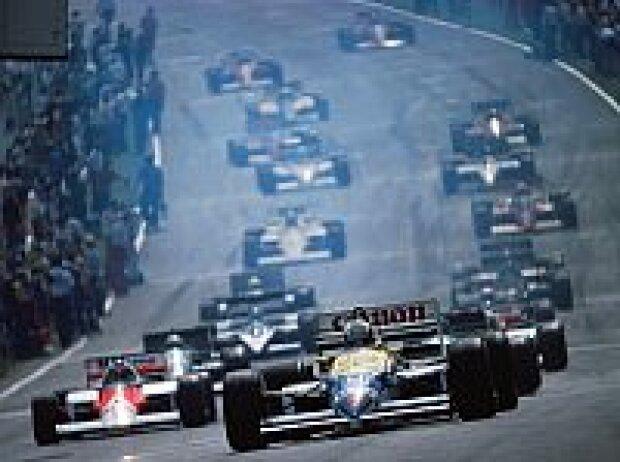 Nigel Mansell vor Alain Prost