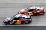 Kasey Kahne (Red Bull) und Clint Bowyer (Childress)