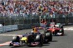 Sebastian Vettel (Red Bull) vor Fernando Alonso (Ferrari)