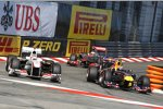 Mark Webber (Red Bull) Kamui Kobayashi (Sauber)