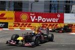Sebastian Vettel (Red Bull) Nick Heidfeld (Renault)