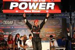 Will Power jubelt