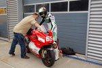 Max Neukirchner furh die MotoGP-Ducati von Loris Capirossi aus der Saison 2006