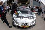 Nicky Hayden als Beifahrer von David Coulthard im DTM-Mercedes