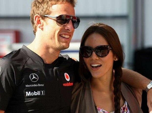 Jenson Button und Jessica Michibata