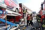 Unfall eines Toro-Rosso-Fahrzeugs auf der A4 bei der Anfahrt