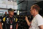 Heikki Kovalainen (Lotus) mit Mika Salo