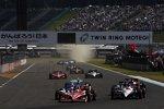 Start zum letzten Indy Japan 300 mit Scott Dixon (Ganassi) an der Spitze