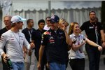 Nico Rosberg (Mercedes) Sebastian Vettel (Red Bull)