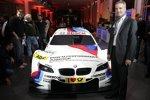 Jens Marquardt (BMW Motorsport Direktor) mit dem BMW M3 DTM