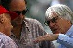 Niki Lauda, Ex-Formel-1-Rennfahrer Gerhard Berger und Bernie Ecclestone (Formel-1-Chef)