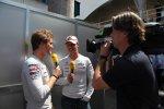 Nico Rosberg (Mercedes) und Michael Schumacher (Mercedes)