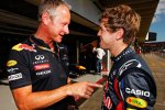 Jonathan Wheatley und Sebastian Vettel (Red Bull)