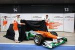 Nico Hülkenberg und Paul di Resta enthüllen den Force India-Mercedes VJM05