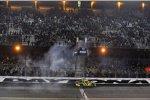 Matt Kenseth (Roush) feiert seinen zweiten Daytona-500-Sieg per Burnout
