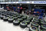 Viele, viele Reifen bei Toro Rosso