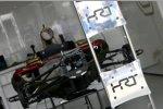 Der HRT F112 aufgebockt im der Box