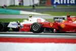 Sergio Perez (Sauber) und Fernando Alonso (Ferrari)