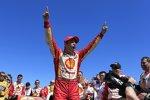 Helio Castroneves bejubelt seinen St-Pete-Sieg